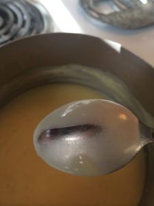 We've reached the proper consistency. Do you see how the sauce coats the back of the spoon?